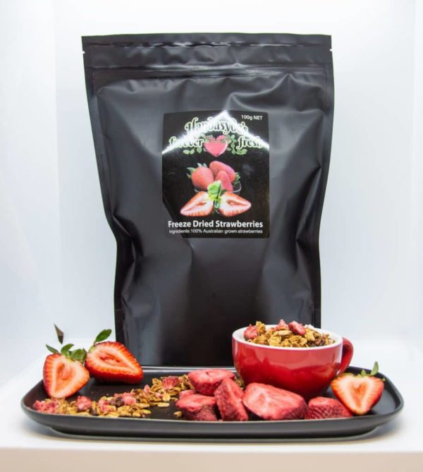 Freeze dried strawberries and muslie.